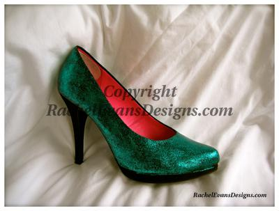 Green glittery shoes with high heels